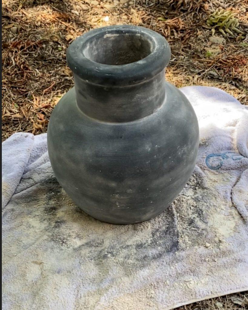 DIY Aged Pot Tutoria - J Dub By Design
